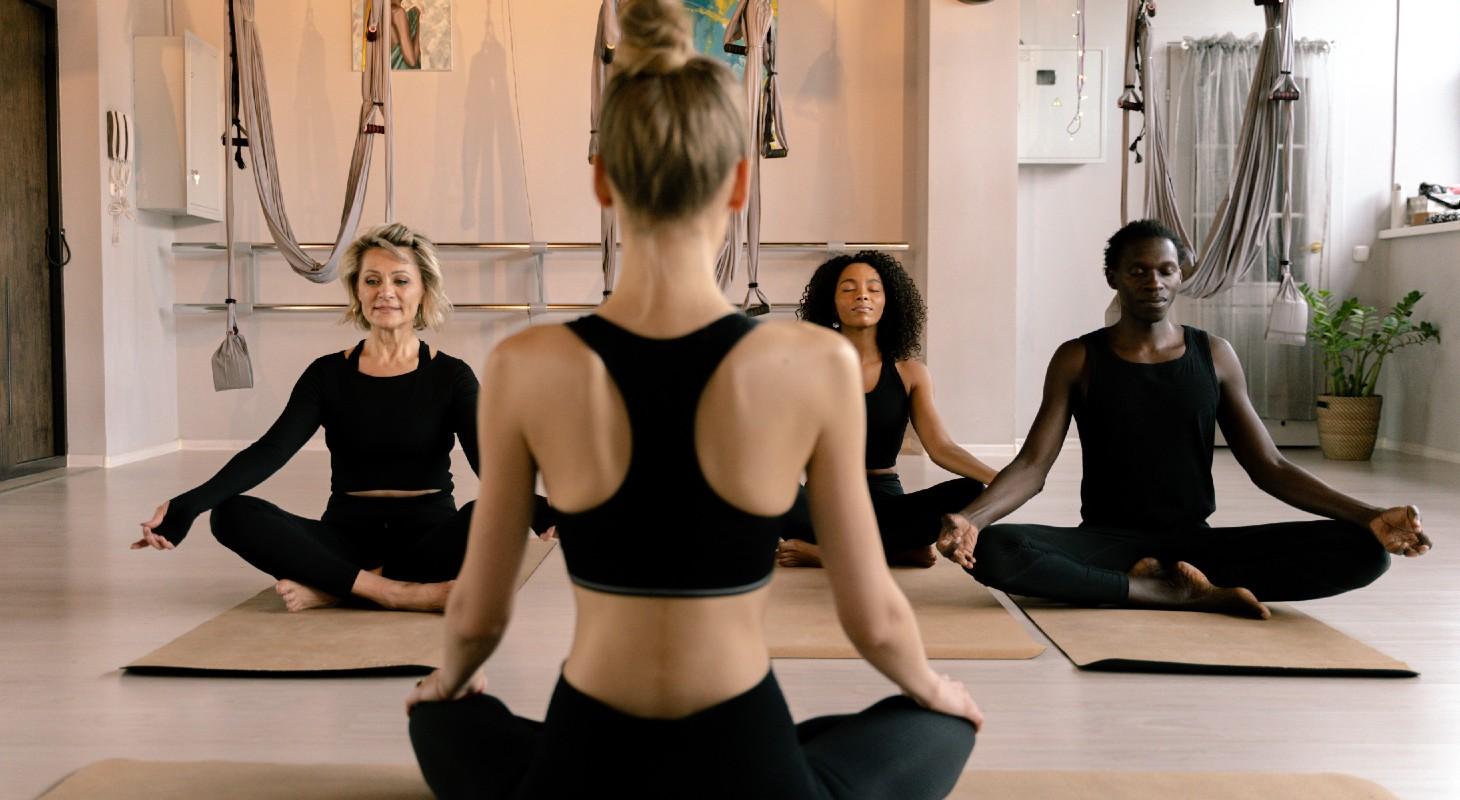 cours de yoga aérien